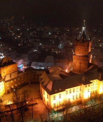 Earth Hour. Die Schwanenburg wird dunkel.