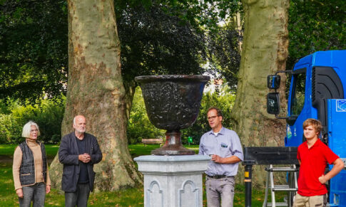 Rückblick: AK Kermisdahl-Wetering 2020: Neuer Schmuck für den Park an der Nassauer Allee